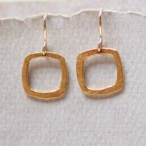 Baby Square Earring: No Stone