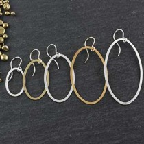Flat Oval Earrings: Set Of 5