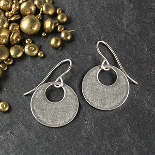 Small Punched Earrings (e-si11)