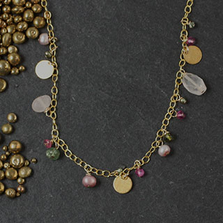 Mixed Pink and Green Necklace (n-k089)