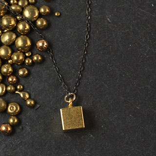 Cube Necklace (n-pcu0)