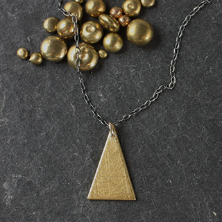 Triangle Necklace (n-se07)