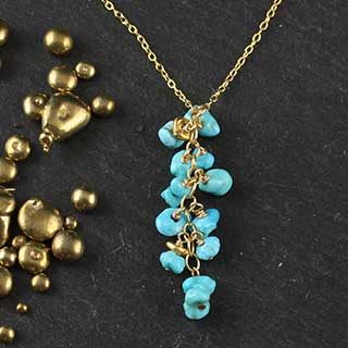 Tiny Chips Pendant Necklace: Turquoise and Gold (n-tqc6)