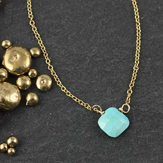 Tiny Faceted Turquoise Diamond Necklace (n-tqx0)