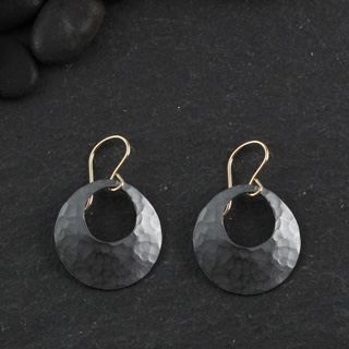 Hammered Open Disc Earring: Small (e-hdss)