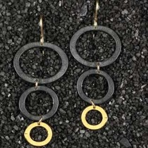 Graduated Trpl Ring Earring