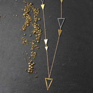 Long Multi Large Triangle Necklace (n-8b99)