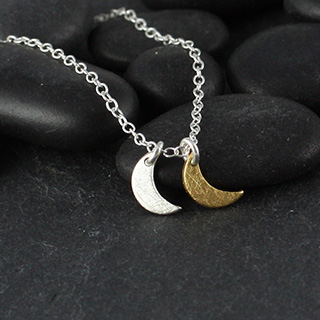 Dble Tiny Flat Crescent Moon Necklace (n-fct2)