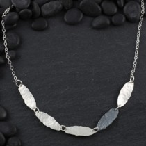 Hammered 5 Oval Necklace