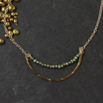 Hammered U with Green Pearl Collar Necklace