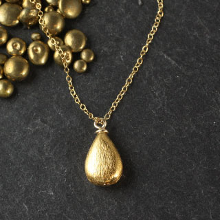 Brushed Teardrop Necklace (n-ki04)