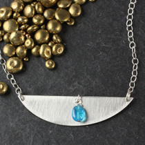 Long D and Apatite Pebble Necklace