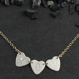 3 Tiny Engraved Sweethearts Necklace (n-sws3)