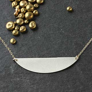 Slim D Necklace (n-u501)